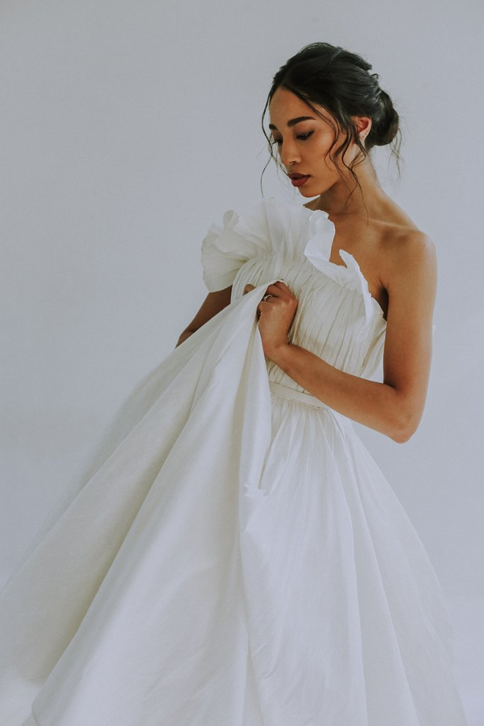 Leanne Marshall - Wedding Gown
