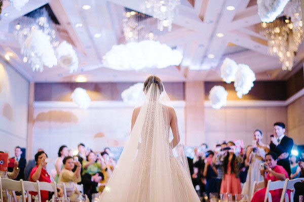 bridal walking down the aisle