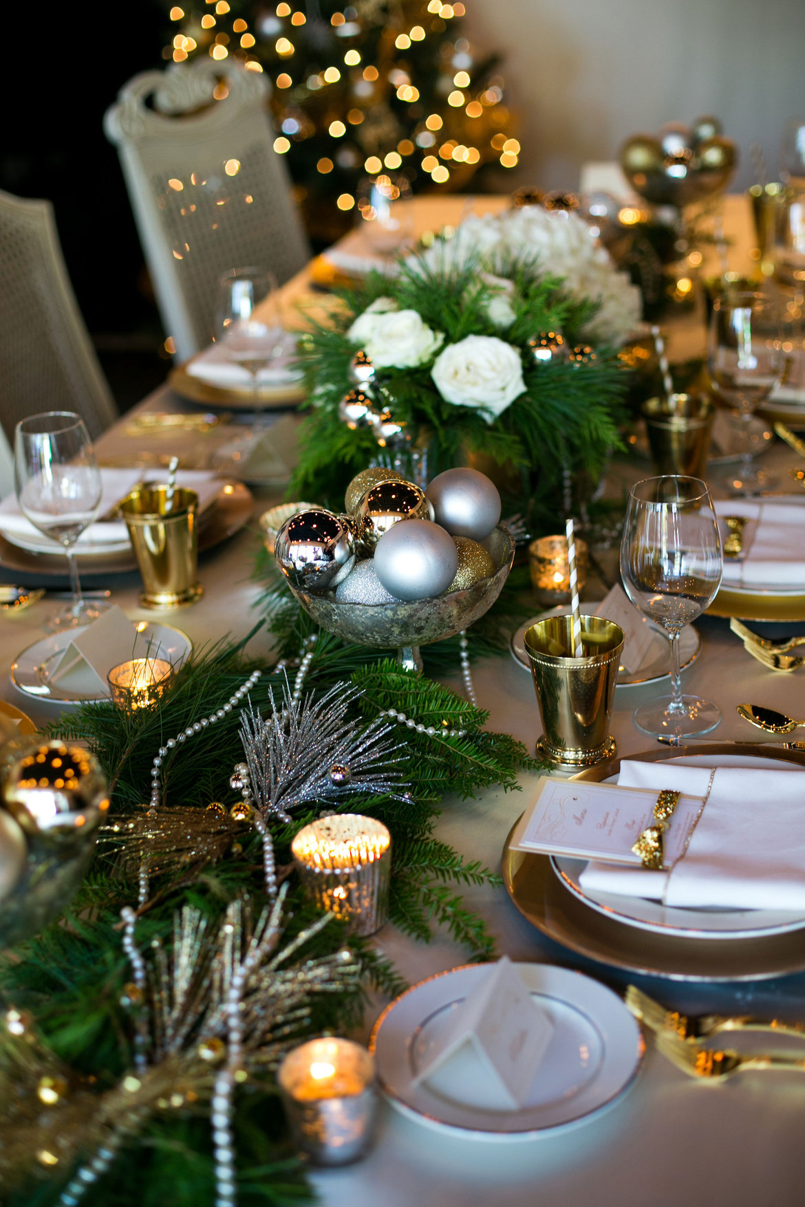 holiday wedding centerpiece
