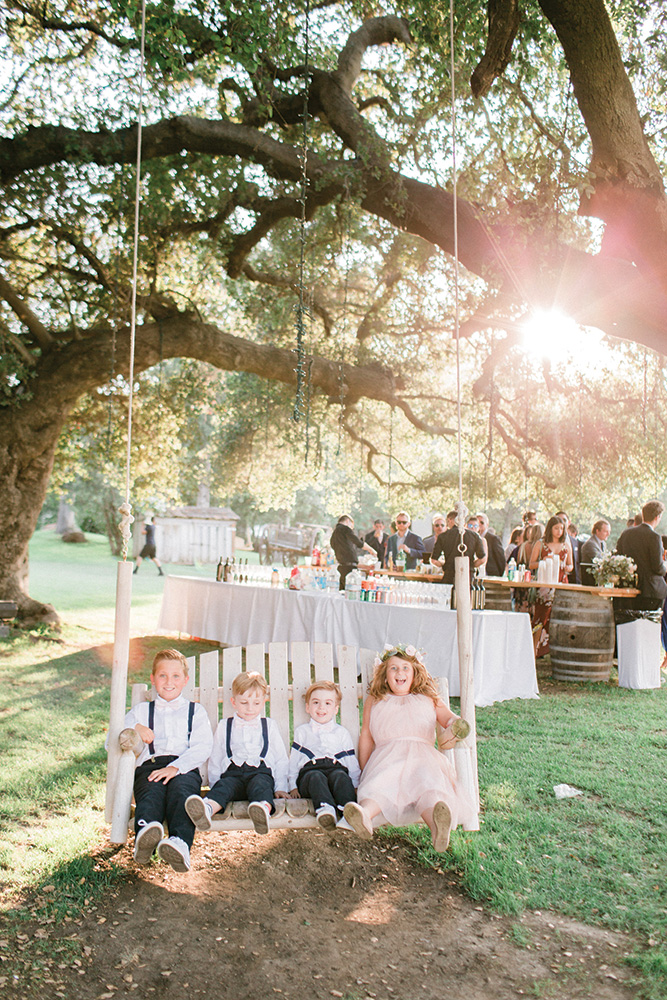 Oversized swing with flower girls