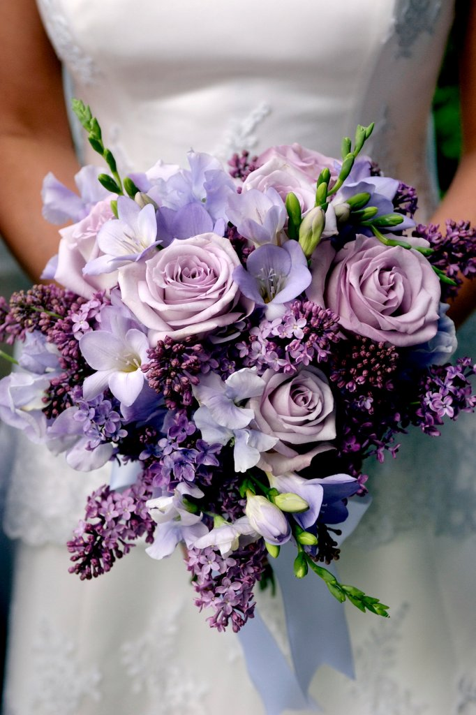 tammy-hughes-photography-ultra-violet-bouquet