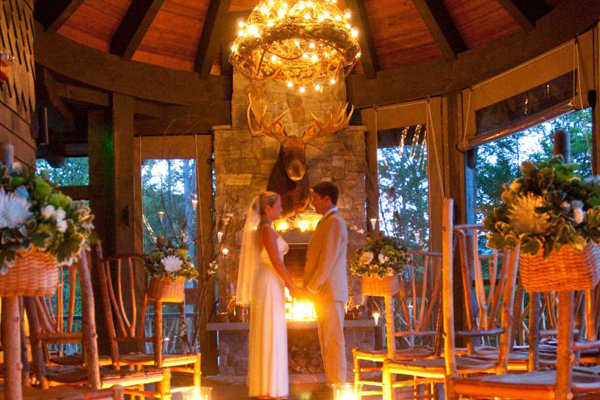 3 romantic spots to elope bridalguide for Best destinations to elope