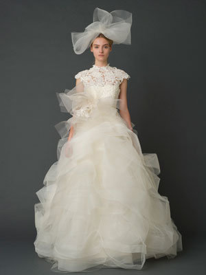 vera wang spring 2012 guipuire lace gown for kate middleton