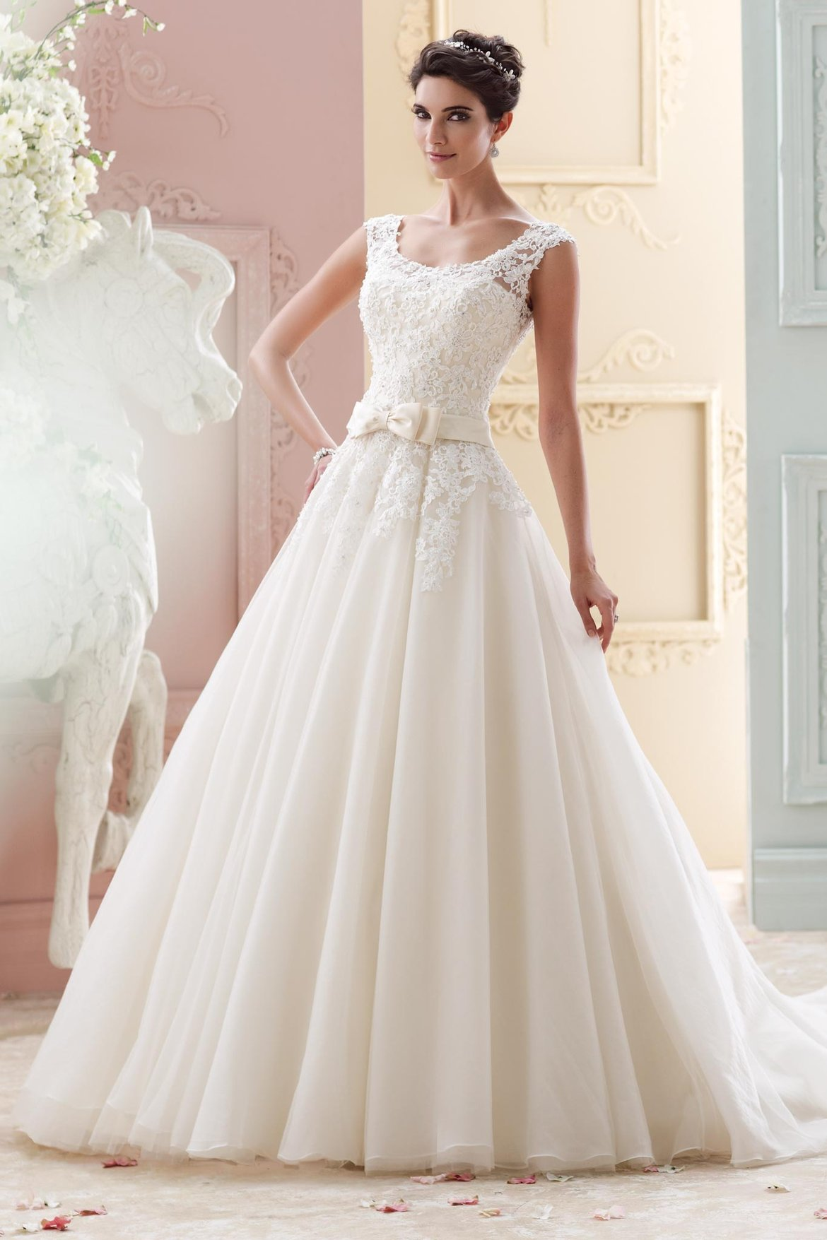 How to find a wedding gown that flatters your figure bridalguide david tutera for mon cheri wedding gown junglespirit Images