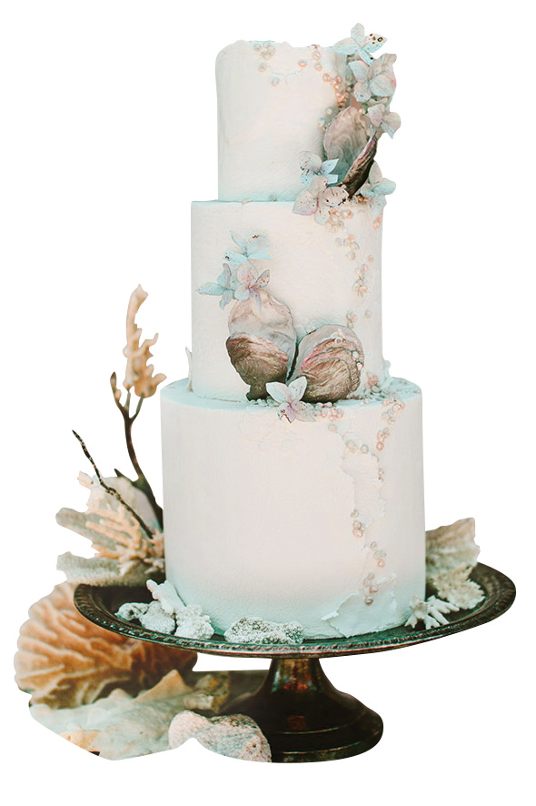 seashell and pearl wedding cake