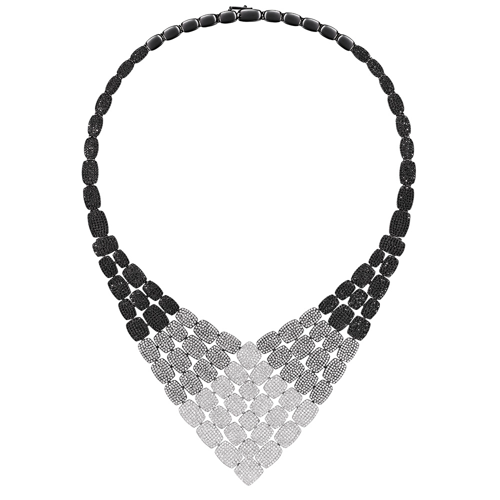 white and black gold necklace as29