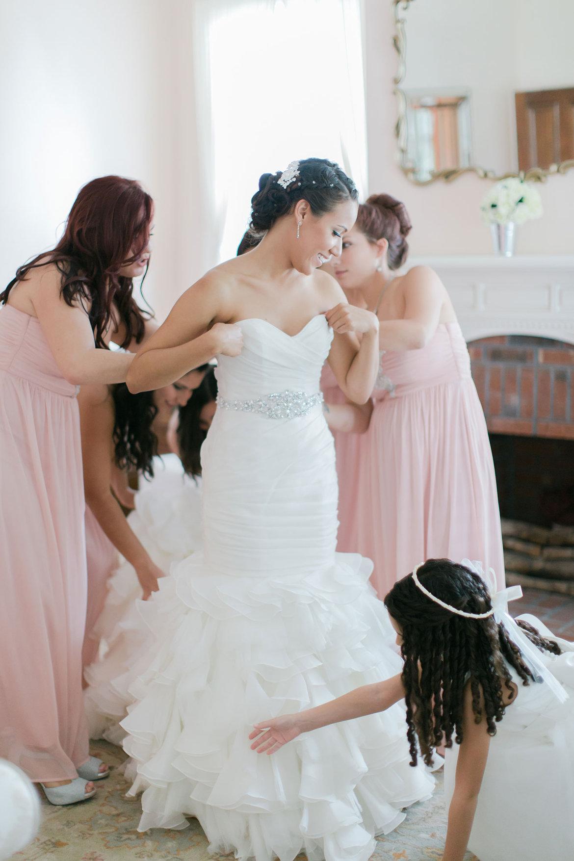20 Must Read Wedding Dress Shopping Tips Bridalguide