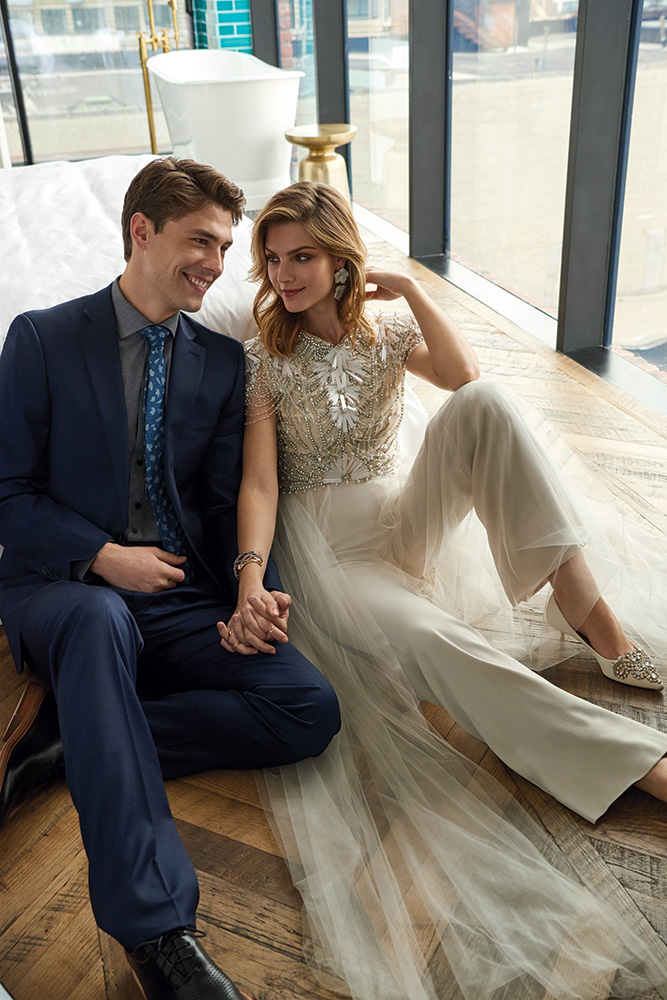 9 Gorgeous Embellished Wedding Gowns