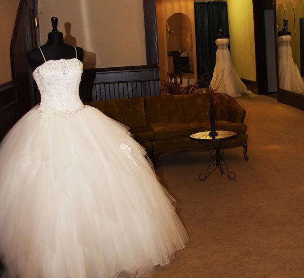 10 Mistakes Brides Make When Dress Shopping Bridalguide,Princess Lace Corset Wedding Dresses