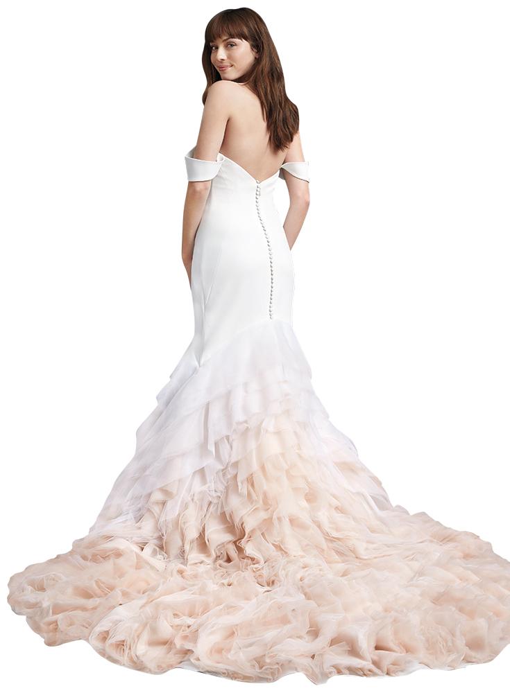Kelly Faetanini wedding gown