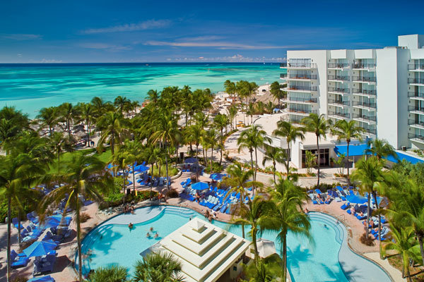 Romantic honeymoon vacations in aruba bridalguide for Best caribbean honeymoon resorts