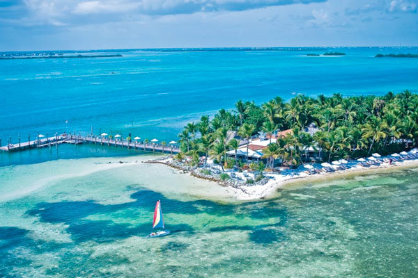 Honeymoon spots in florida keys for Beach honeymoon destinations in the us