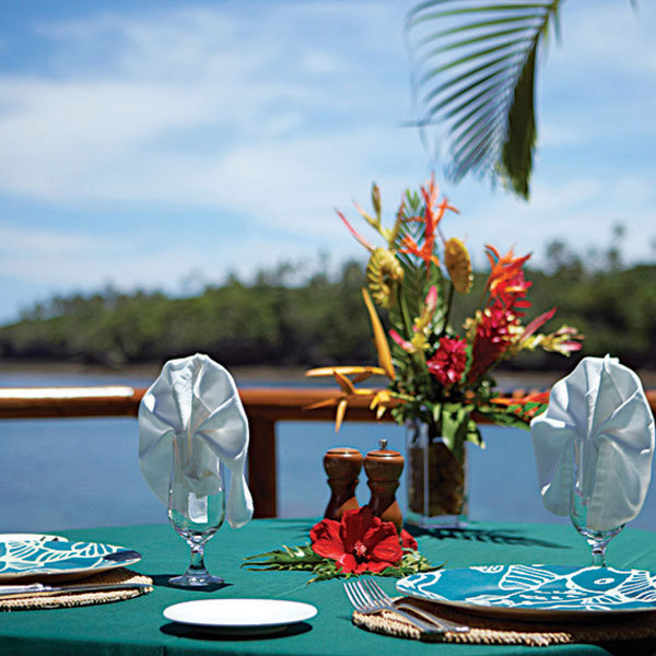 resort table