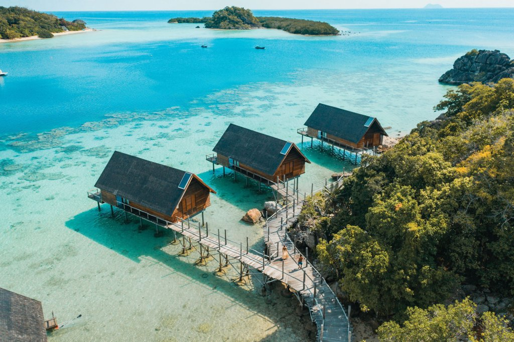 indonesia overwater bungalows