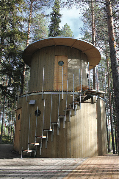 tree hotel honeymoon nature sweden
