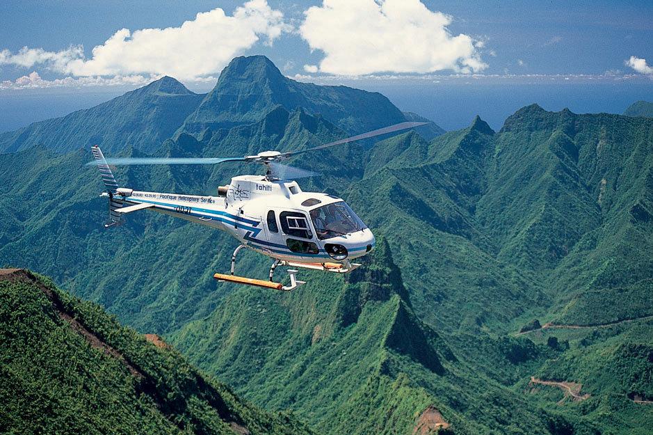 Облет острова на вертолете (минимум 4 человека) Облет Таити: 45 мин. Облет Mуреа: 60 мин.