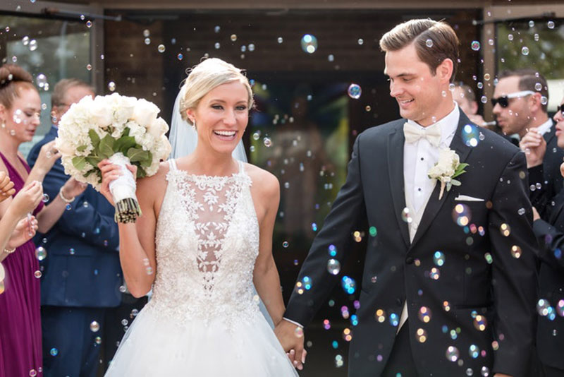 5 real wedding ideas that never go out of style bridalguide