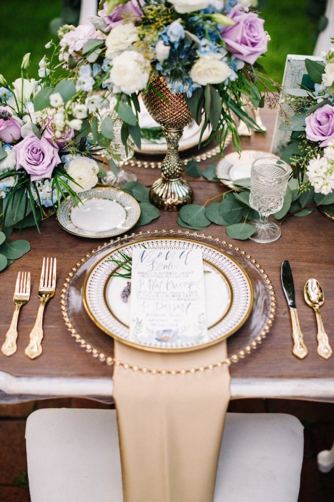 dusty blue and purple tablescape