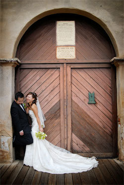 8 ways to get the best wedding photos