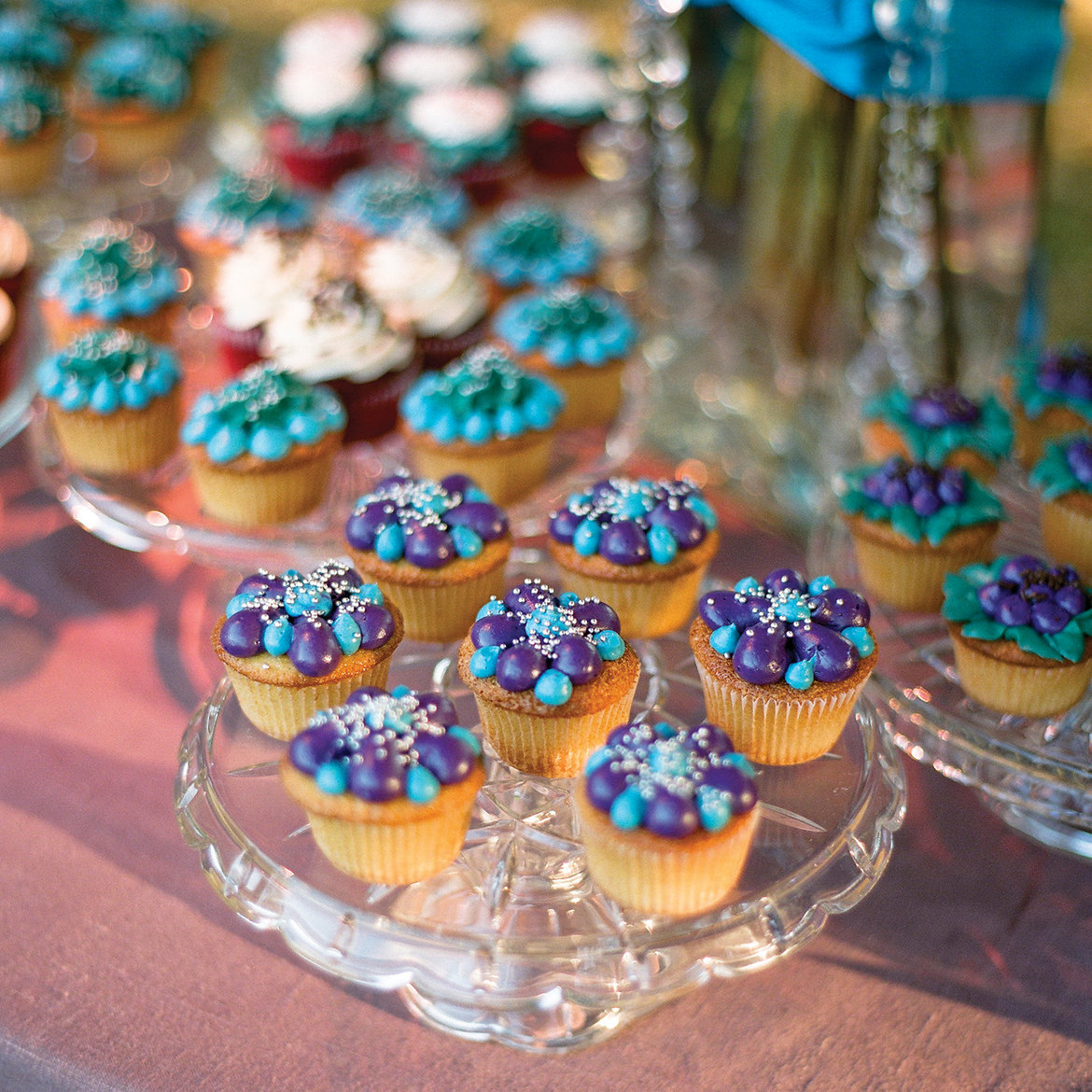 75 Ways to Throw a Luxury Wedding on a Budget - cupcakes