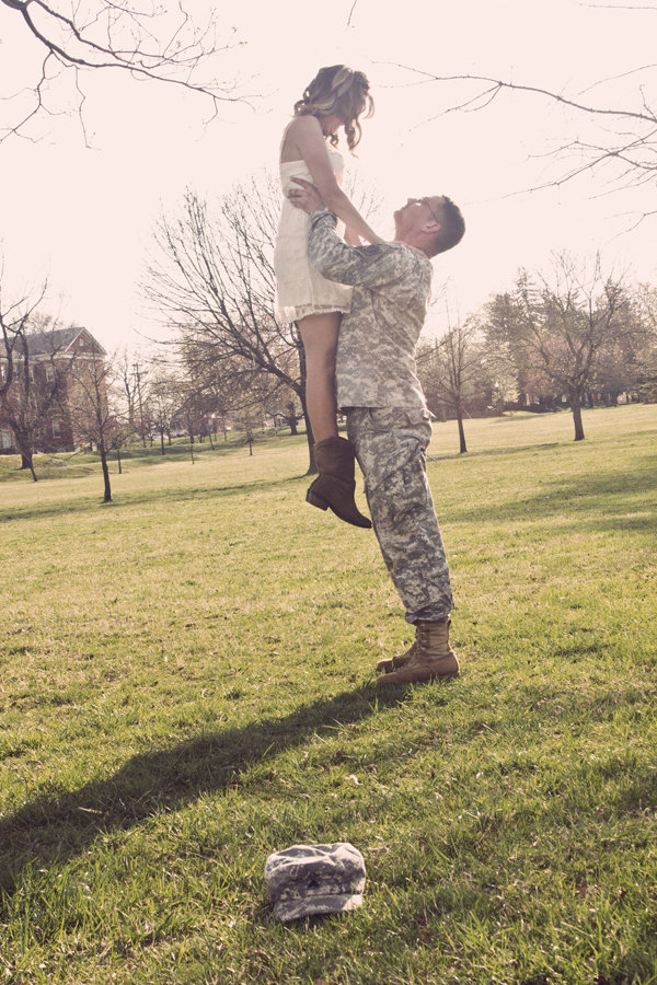 ... military military love army love engagement photos the military love