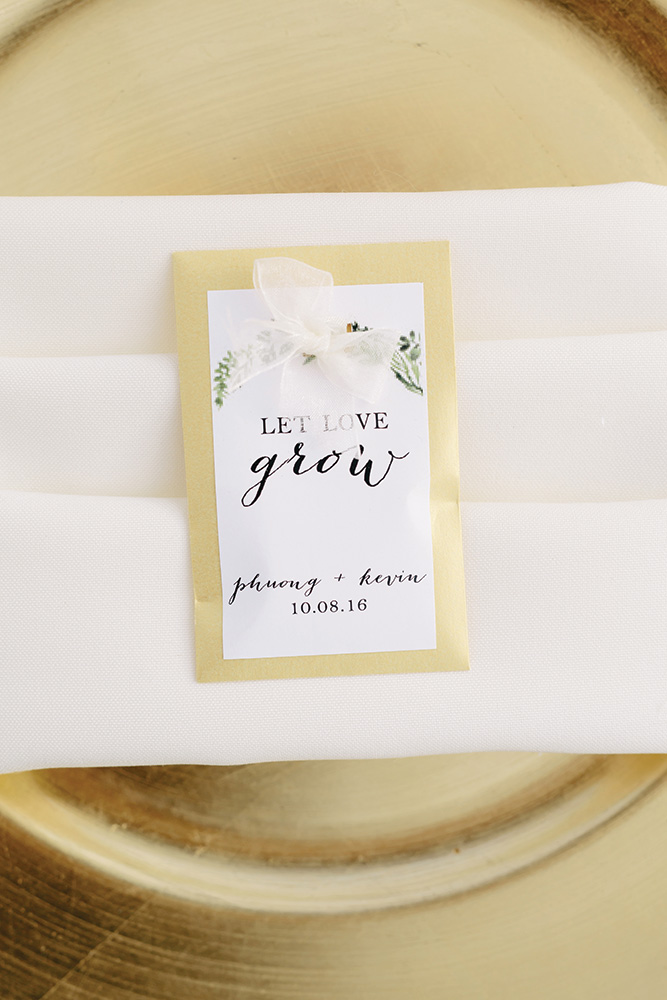 let love grow seed wedding favor