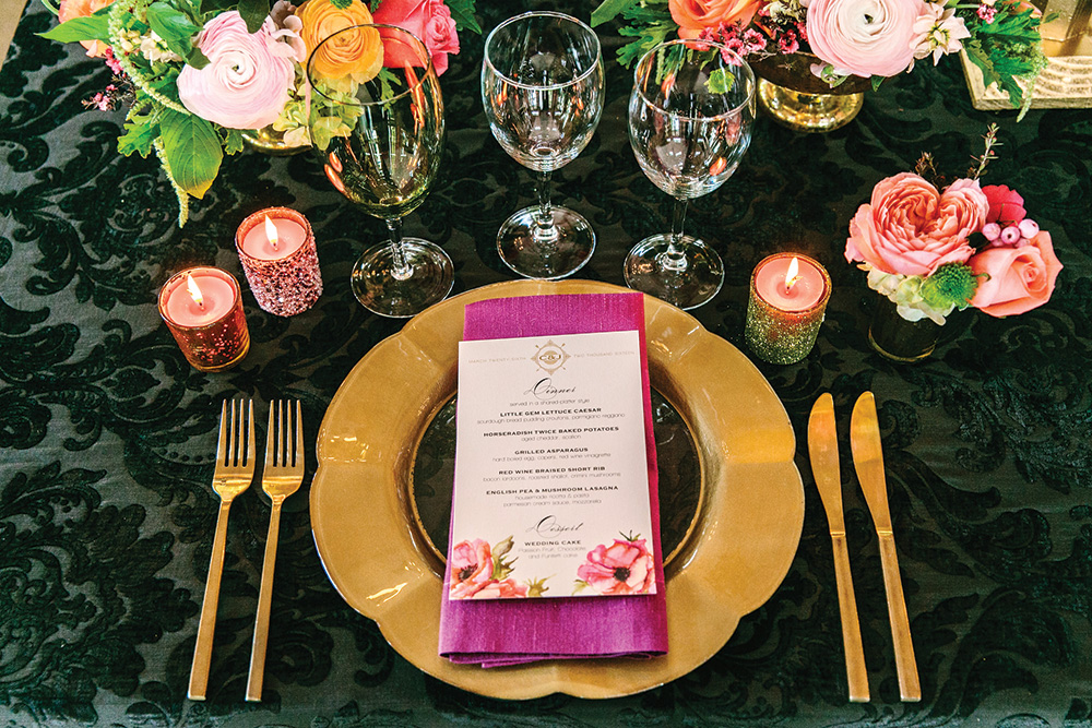 bold wedding place setting