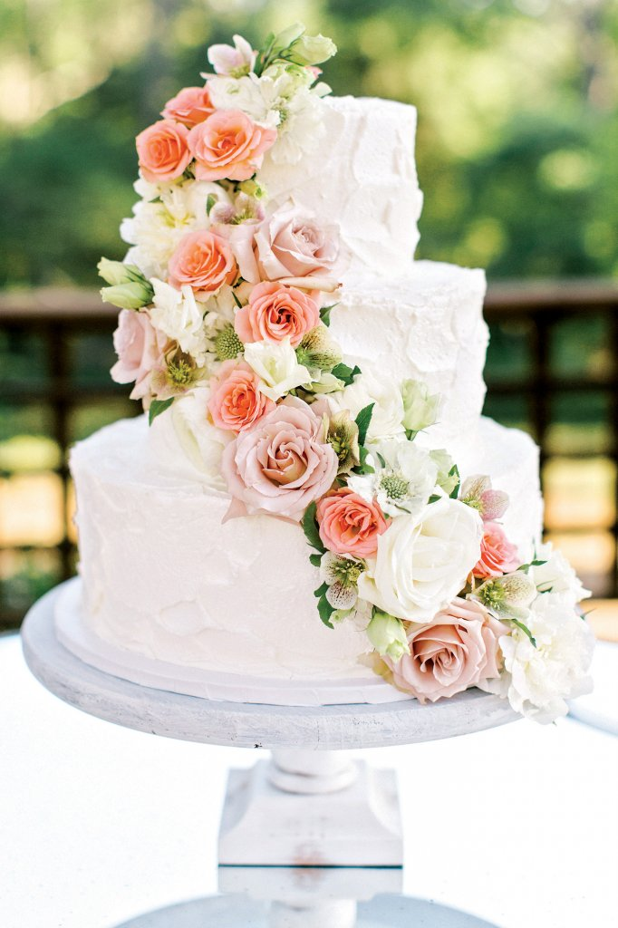 wedding cake flowers cascading gorgeous inspiration for a garden wedding bridalguide 22670