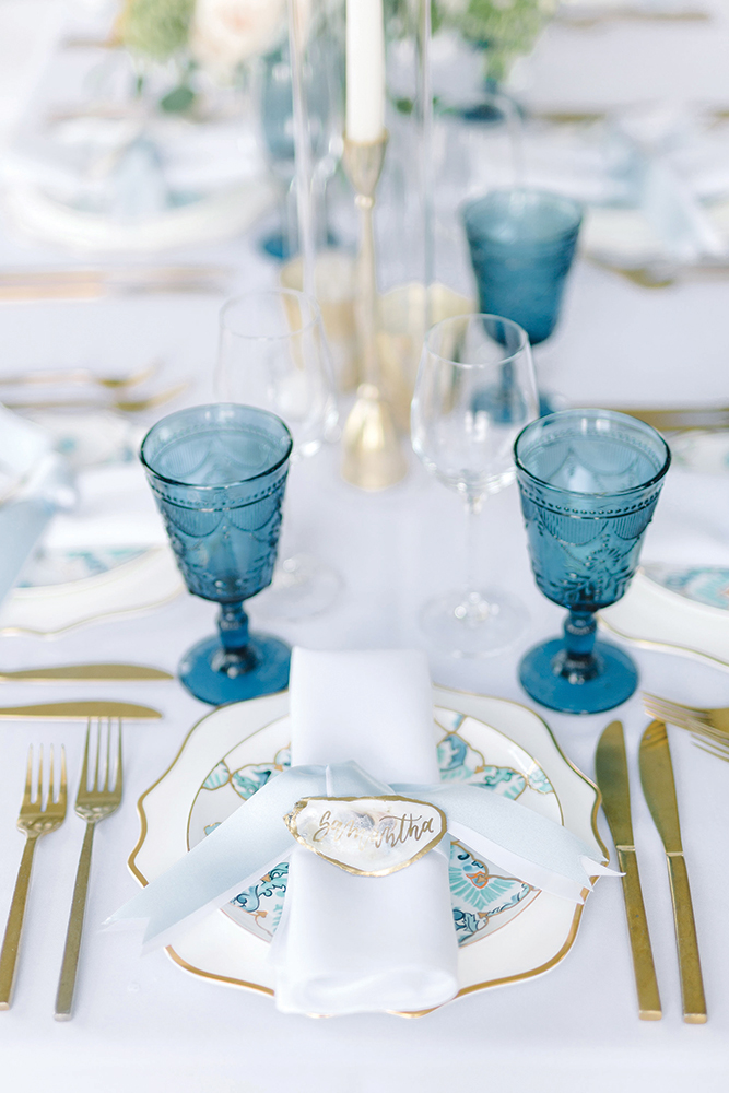 Blue wedding place setting