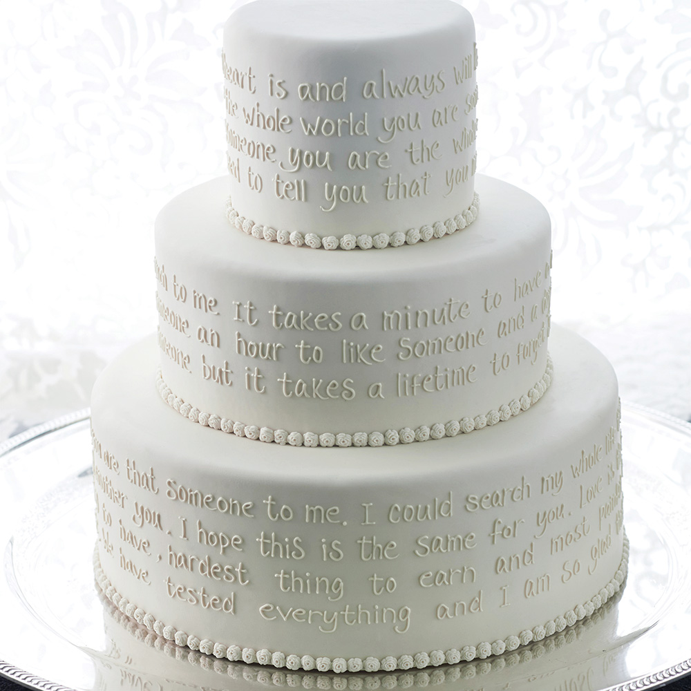 Wedding cake with vows