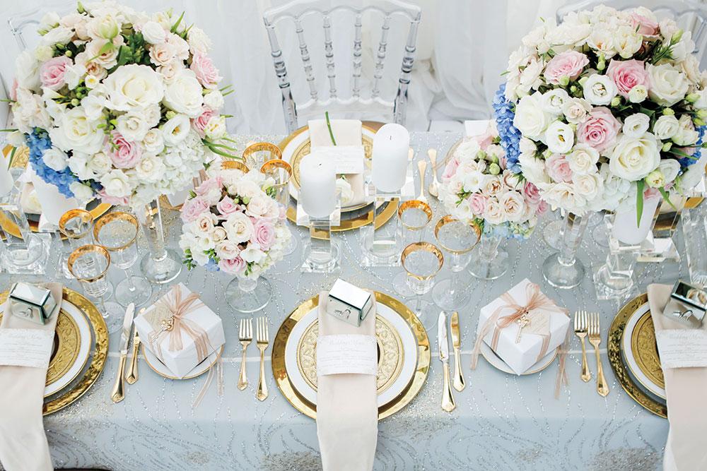 Romantic wedding place setting
