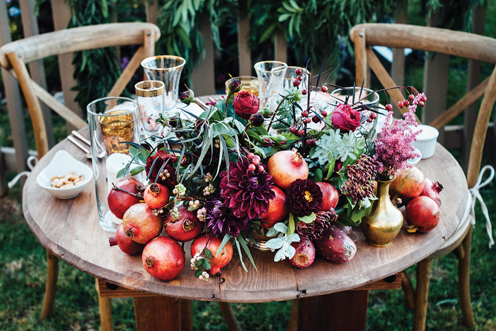 fall wedding sweetheart table decor