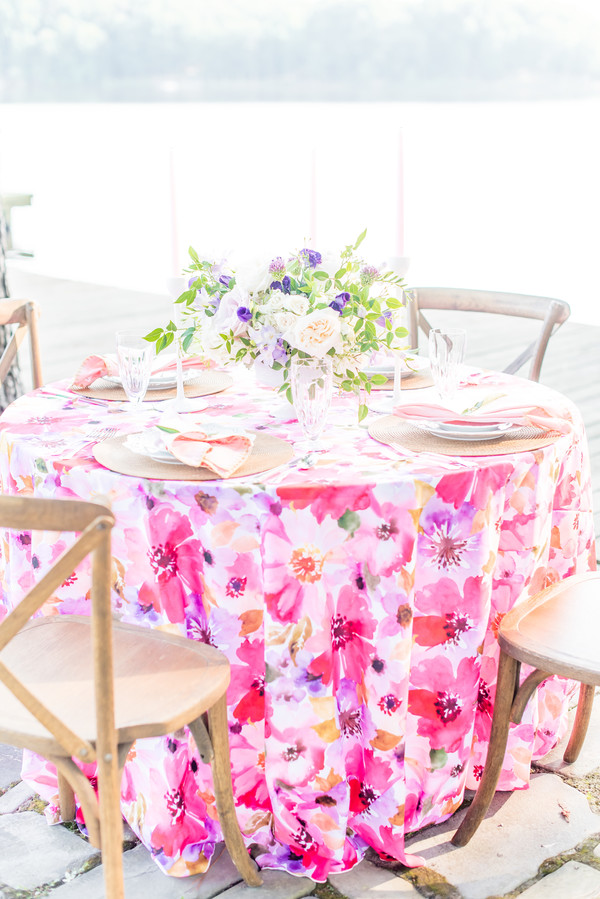 floral table cloth for wedding