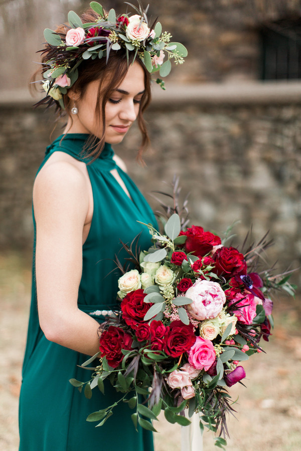 jewel tone wedding color palette