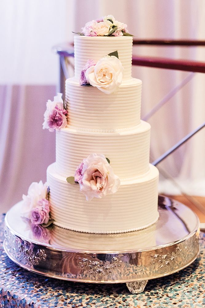 Your Wedding Cake FAQs Answered BridalGuide