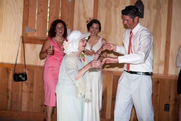 Grandparents special dance at wedding