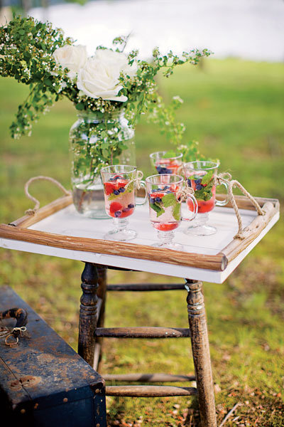 outdoor wedding cocktails
