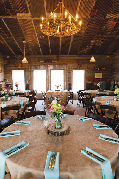 Love American Style Barn Weddings Bridalguide