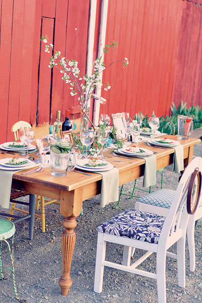 barn wedding table
