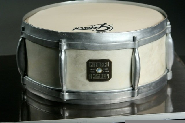 drum grooms cake