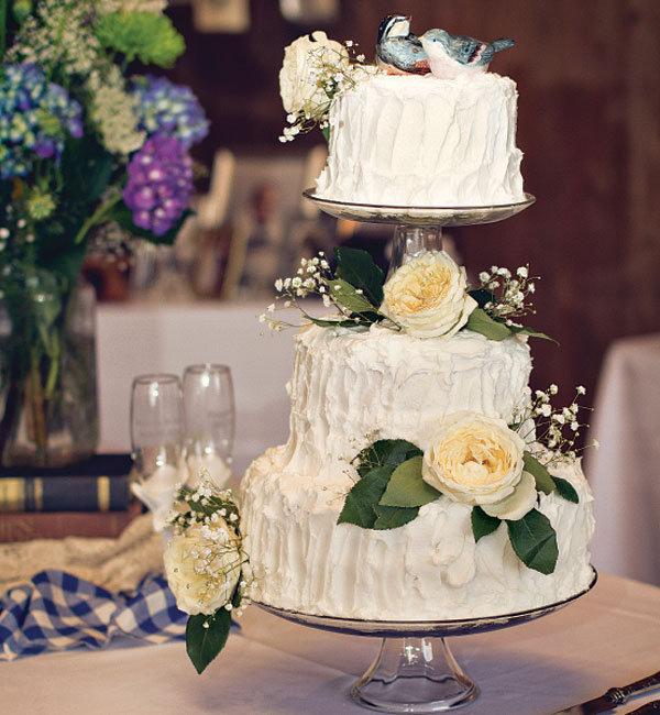 Rustic Barn Wedding Cakes: The Hottest New Look In Weddings BridalGuide