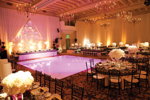 Stunning ballroom weddings bridalguide for Hotel wedding decor
