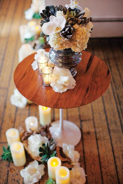 candlelit wedding decor