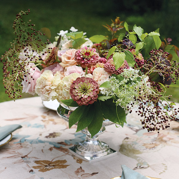 complete guide to wedding flowers bridalguide