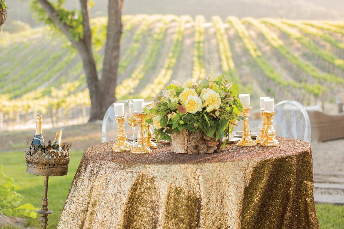 The hottest new wedding trends for 2016 bridalguide sequin tablecloth junglespirit Gallery