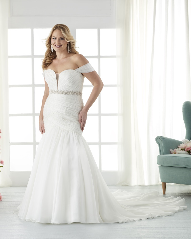 10 Sweetheart Gowns for Plus-Size Brides BridalGuide
