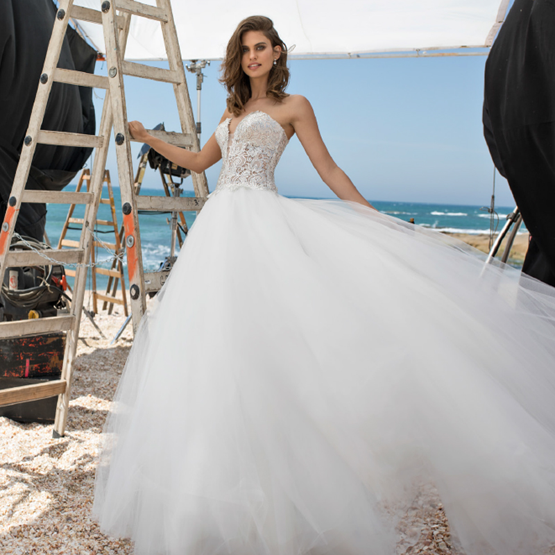 You can now get a pnina tornai wedding gown for 2500 bridalguide pnina tornai wedding gown junglespirit