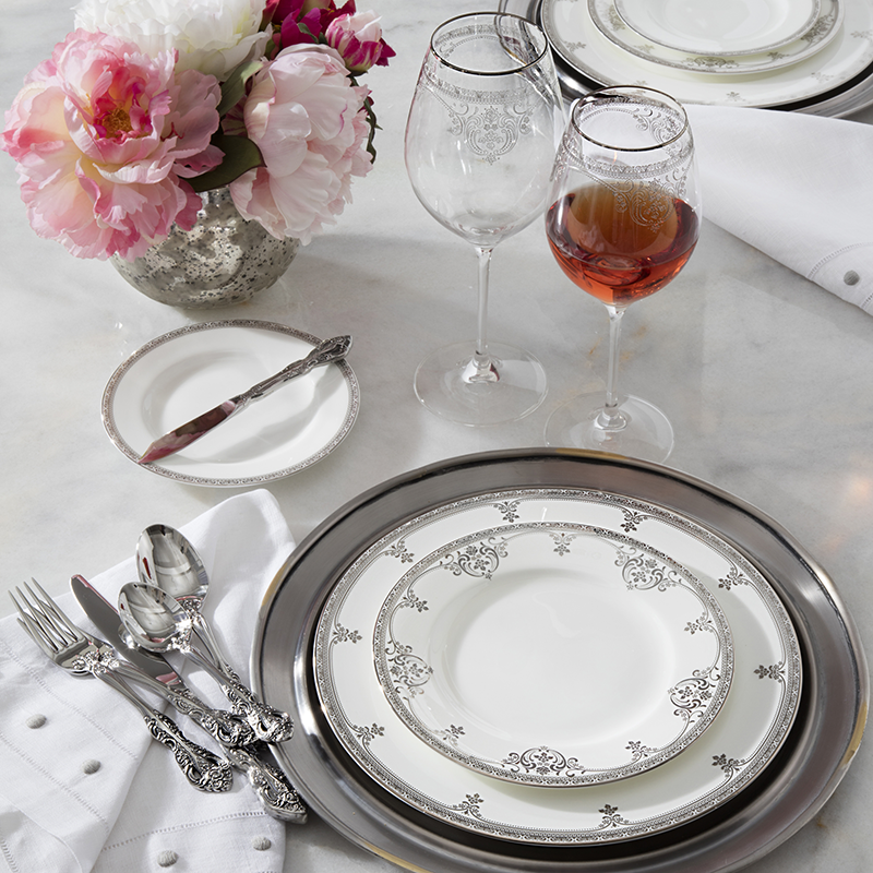 Take your table from simply elegant to dazzling with one of three Oneida gold flatware patterns. Golden Julliard and Golden Michelangelo are both ...  sc 1 st  Bridal Guide & Oneida─Trend-Leading Tableware BridalGuide
