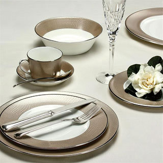 femme fatale dinnerware by monique lhuillier for royal doulton : beautiful tableware - pezcame.com