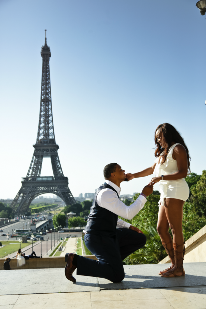 romantic-paris-proposal